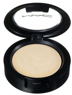 M.A.C. Cream Color Base in Pearl