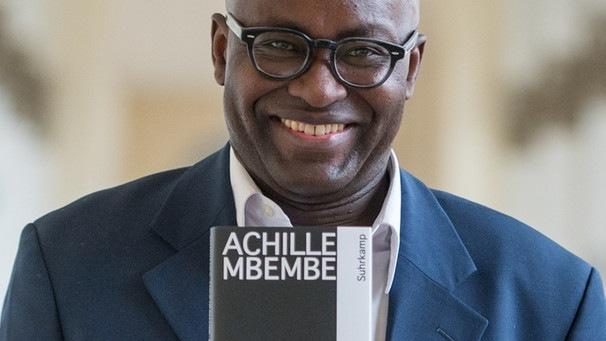 ob_a2137b_achille-mbembe-102-v-img-16-9-l-1
